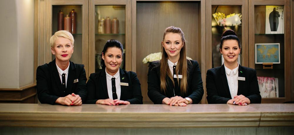 American College Provide Diploma of Hospitality Management in Brisbane, Queensland, 4102, Australia. American College..